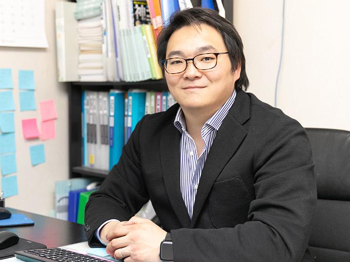 代表取締役社長 中原 銀二